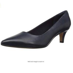 NWT Clarks Heels, Size 5